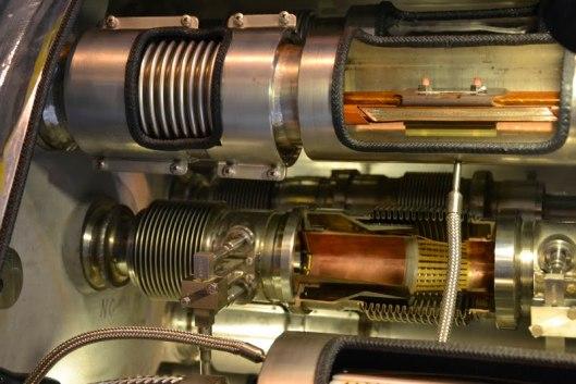 Tubo acceleratore